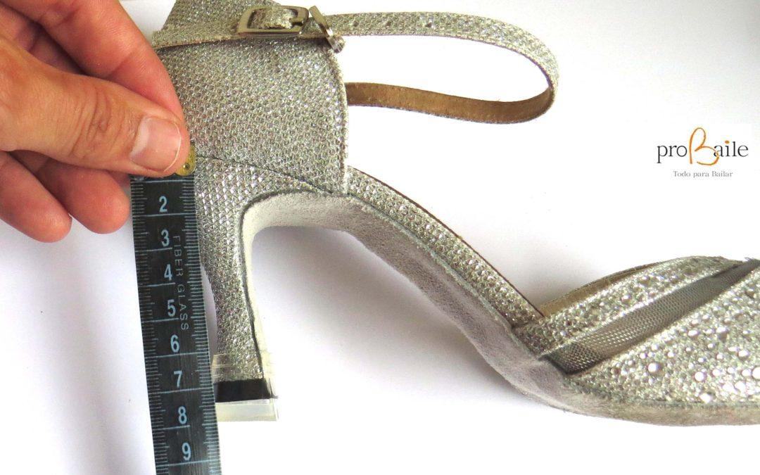 Como medir el tacón de tus zapatos de baile