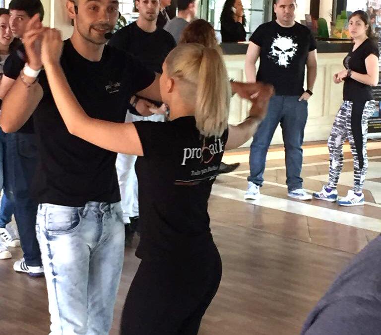 ¿Qué es más cómodo para bailar? Vestuario baile latino
