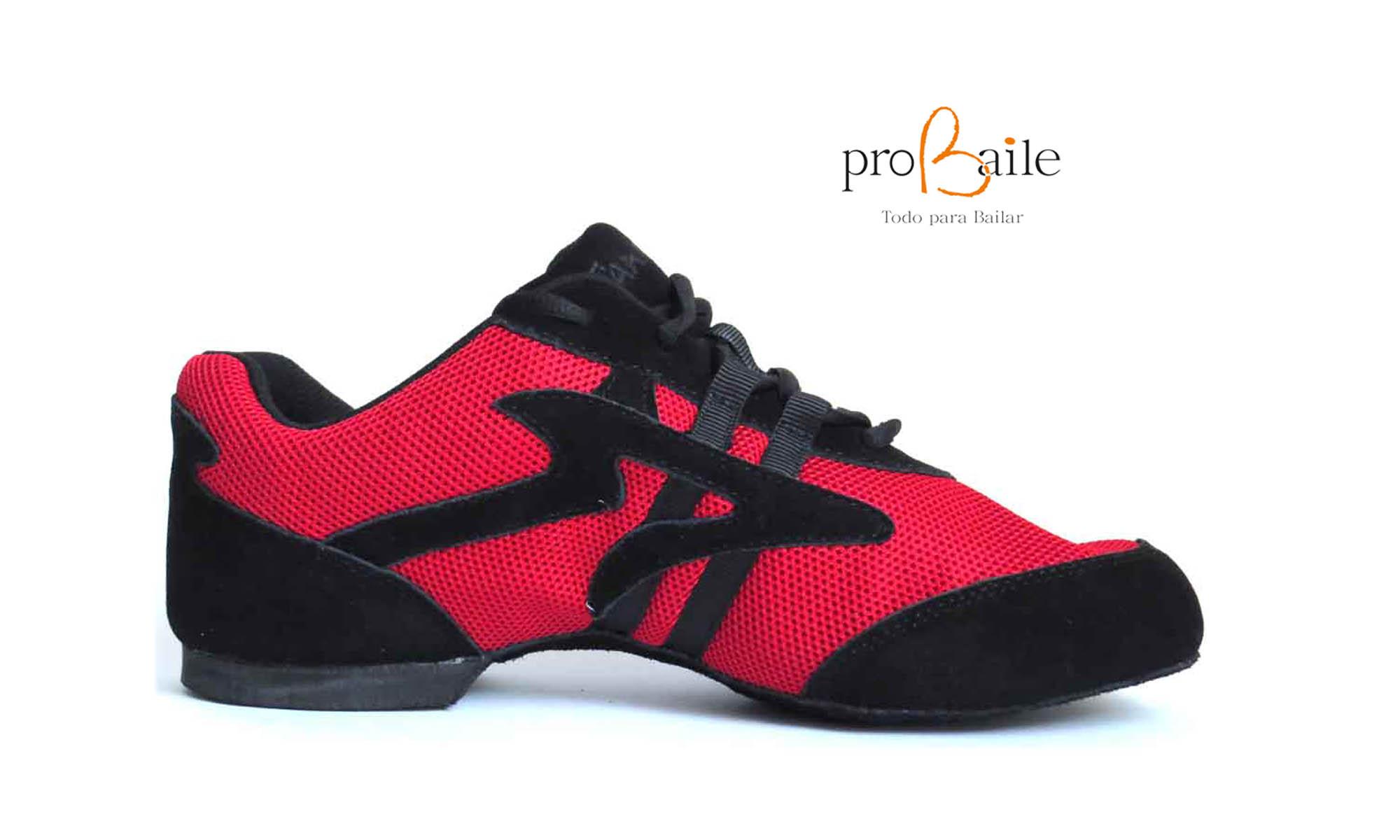 e8aabf7a Este tipo de calzado, en apariencia, es lo más parecido al una zapatilla  normal, aunque la suela es diferente. La puedes encontrar de distintos  materiales ...